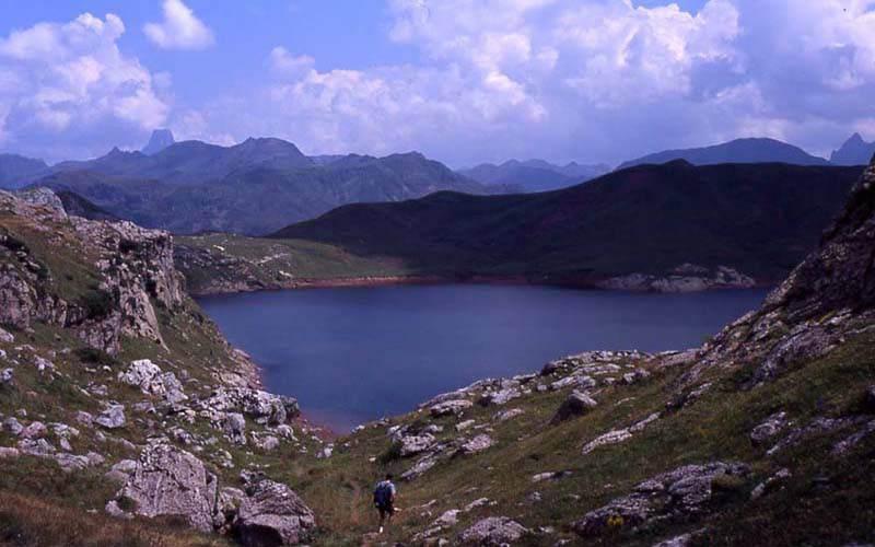 Lago de Estanés