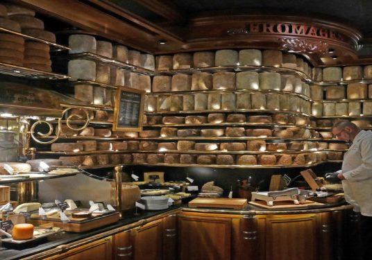 Les Grands Buffets, el reino de la gastronomía en Narbona